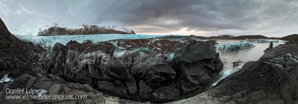 Imagen Panorámica. Frente de un Glaciar. Se me distingue pequeñito a la derecha de la imagen.Panorámica realizada por 3 fotos en vertical con Canon 5DII y 15mm