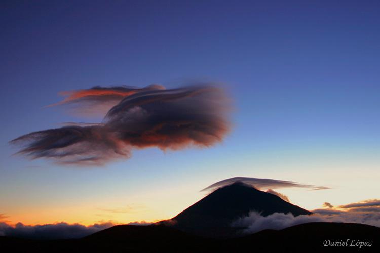 070407 nubes formacion gorro teide