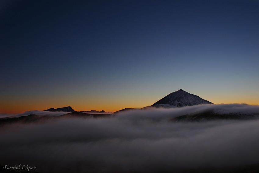 21-03-07 Teide nubes puesta sol 850 Daniel Lopez