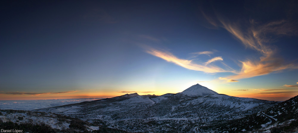 29-01-07 panoramica teide nevado puesta sol 1000